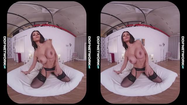 Krystal Webb - Long Distance Lover 180 Big Tits Dildo Masturbation 3D VR
