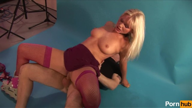 Rollerbirds Vol 1 – Scene 4